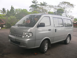kia fregio with capacity max 10 people