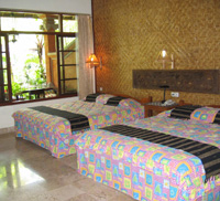 twin bedroom at cendana resort